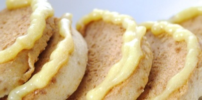Ginger Cookies with Lemon Curd